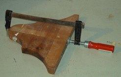 incollaggio legno morsetto